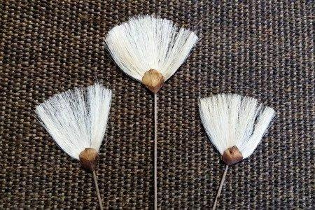 WACHLARZYKI SIZALOWE 3 szt. KOLOR WYBIELANY miotełki na patyczku fanny